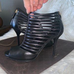 Auth Gucci Inga strapply  open toe heels sz 381/2